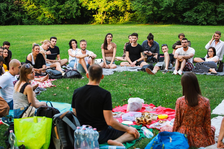 Semmittevés Gathering: Az első találkozó a Margit-szigeten